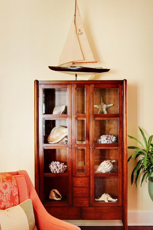 Curio Cabinets Display Decorative Items