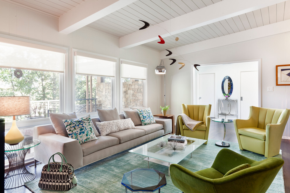 Inspiration for a 1950s living room remodel in New York