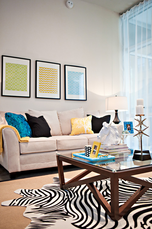 Chic Living eclectic living room