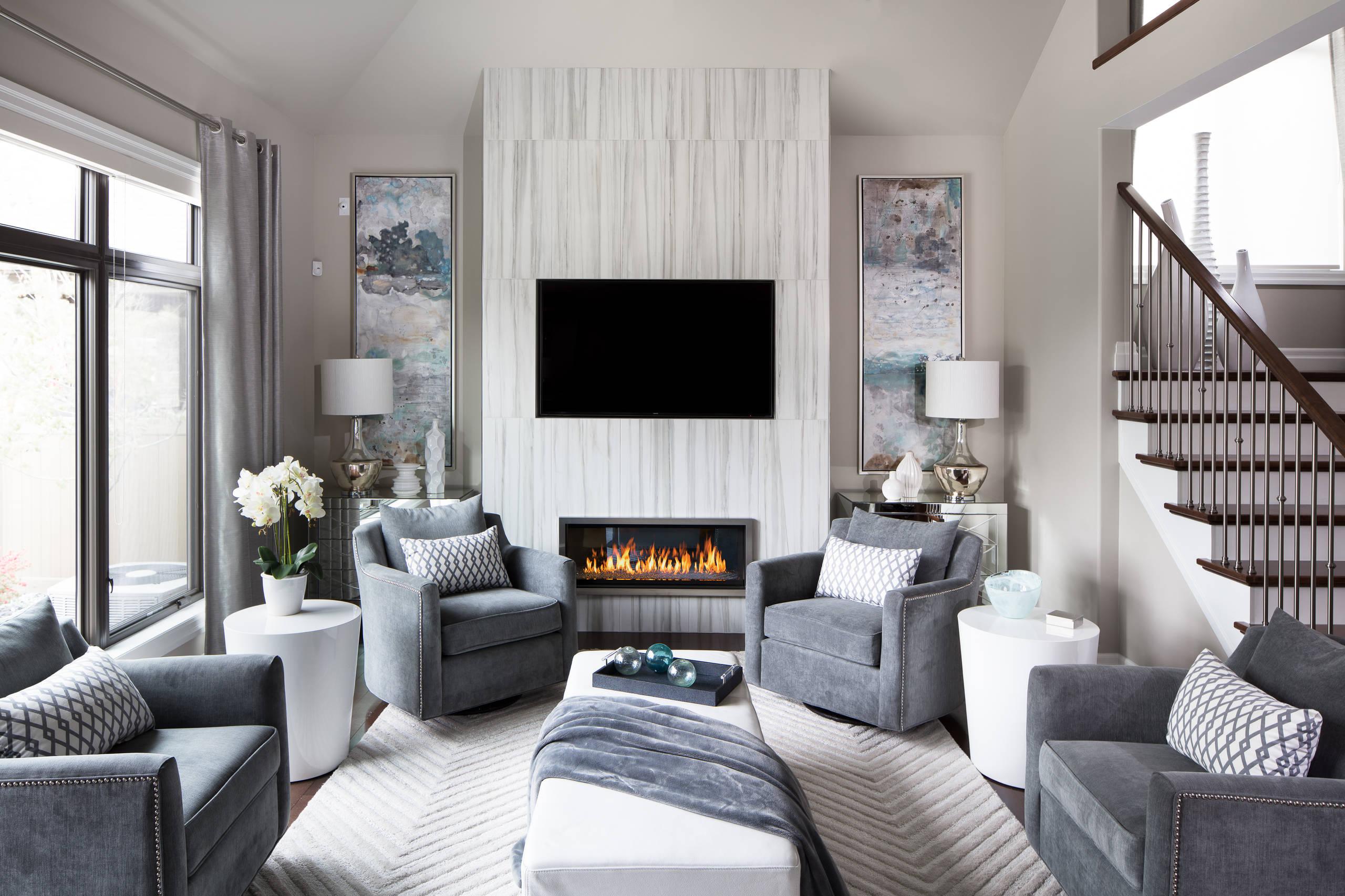 Dom uređen prema sivim tonovima boje