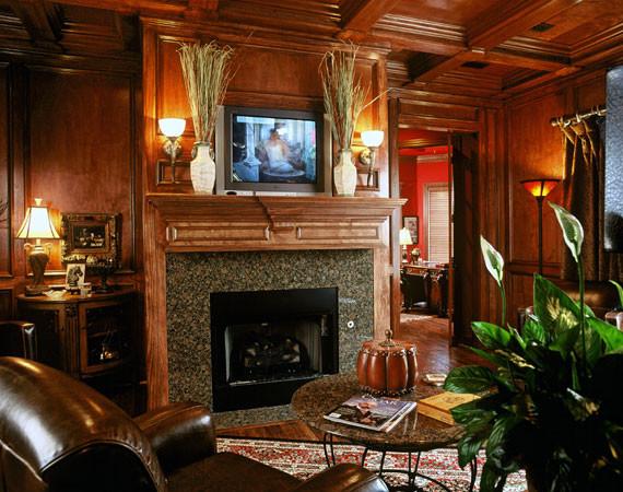 Home cigar room decor