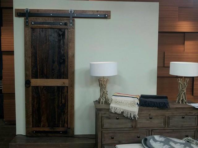 cityline feature barn door cottage style shaker door traditional living room toronto by. Black Bedroom Furniture Sets. Home Design Ideas