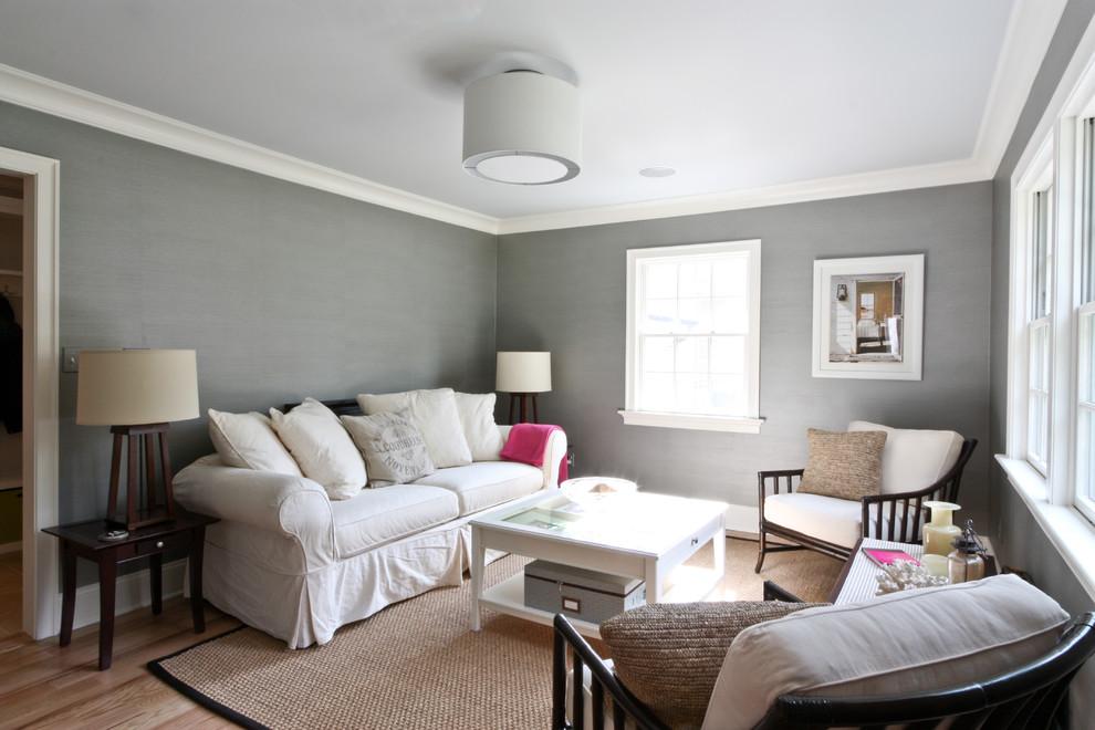 Elegant formal living room photo in Newark