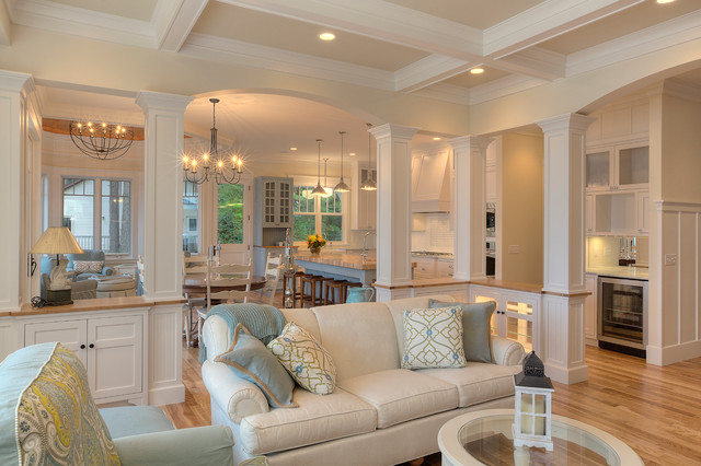 Classic cottage beach style living room other metro for Beach cottage style homes
