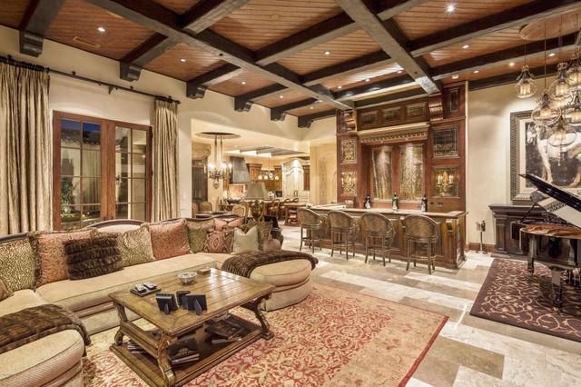 Classic mediterranean luxury home mediterranean living for Classic house phoenix