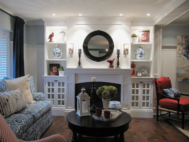 CLASSIC NEW ENGLAND Traditional Living Room Toronto by Bette