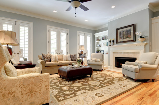 Classic traditional town home st davids sq traditional for Classic traditional living rooms