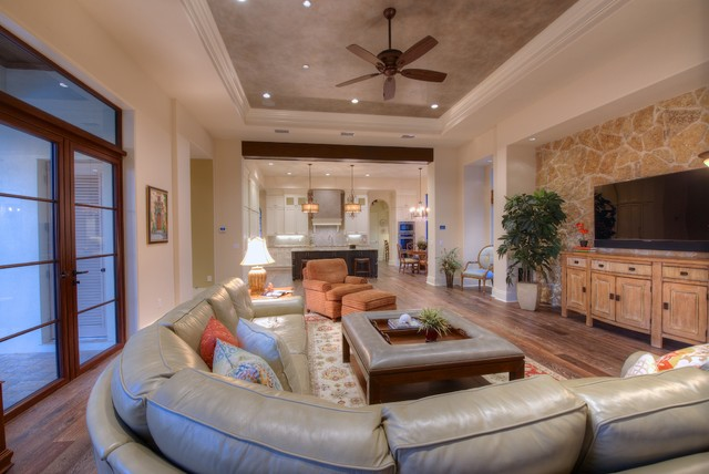 Clearlake contemporary-living-room