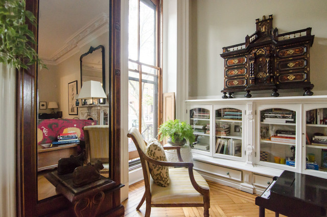 Clinton hill brownstone living room with shelves for Brownstone living room decorating ideas
