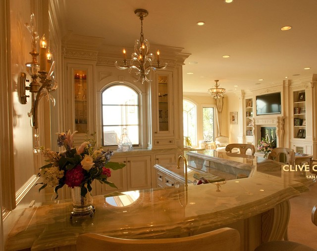 How To Decorate A Living Room With Religion: Clive Christian Classical Cream Family Room & Bar