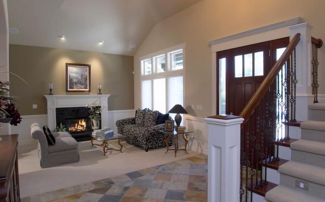 Clyde Hill Custom (Bellevue) traditional-living-room
