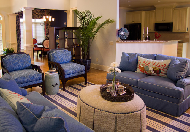 eclectic living room by Jane Ann Maxwell