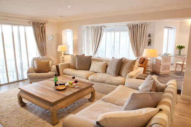 Waters Edge, Mawgan Porth - Beach Style - Living Room ...