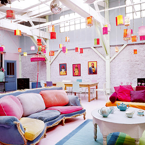 High Quality Colorful Living Room