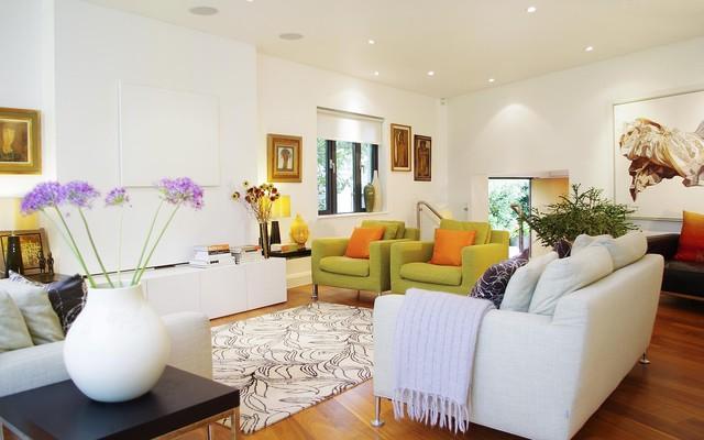 Colourful modern living room. modern-living-room