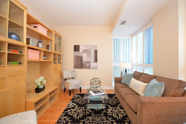 Condo down town starter apartment transitional living room for Capital home staging and design