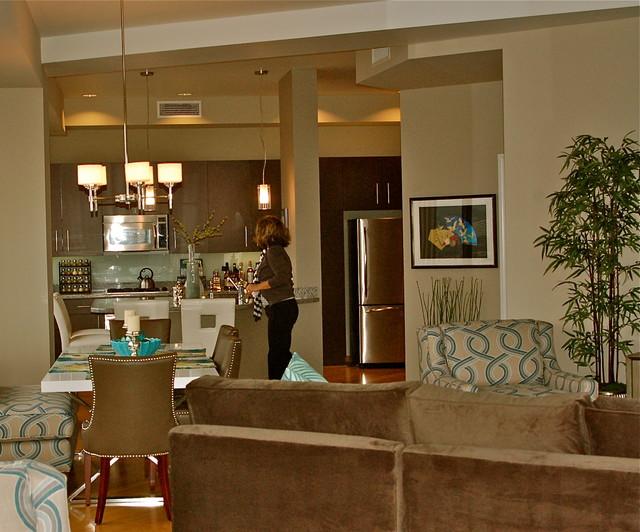 Condo on the 27th Floor modern-living-room