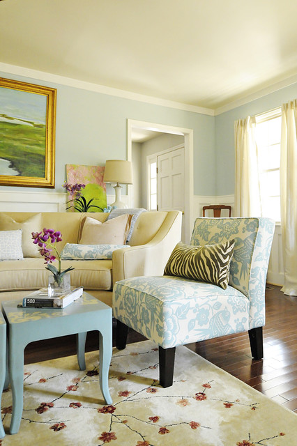 Light Blue And Green Living Room color guide: how to use light blue