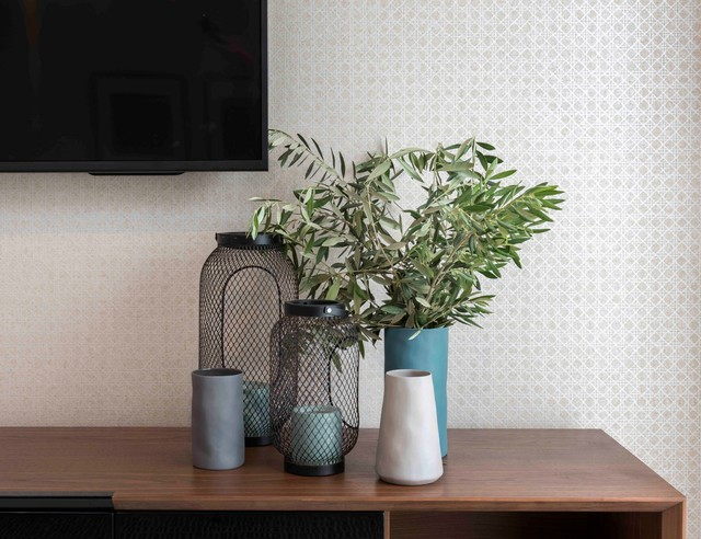 How To Decorate A Hallway Table Houzz