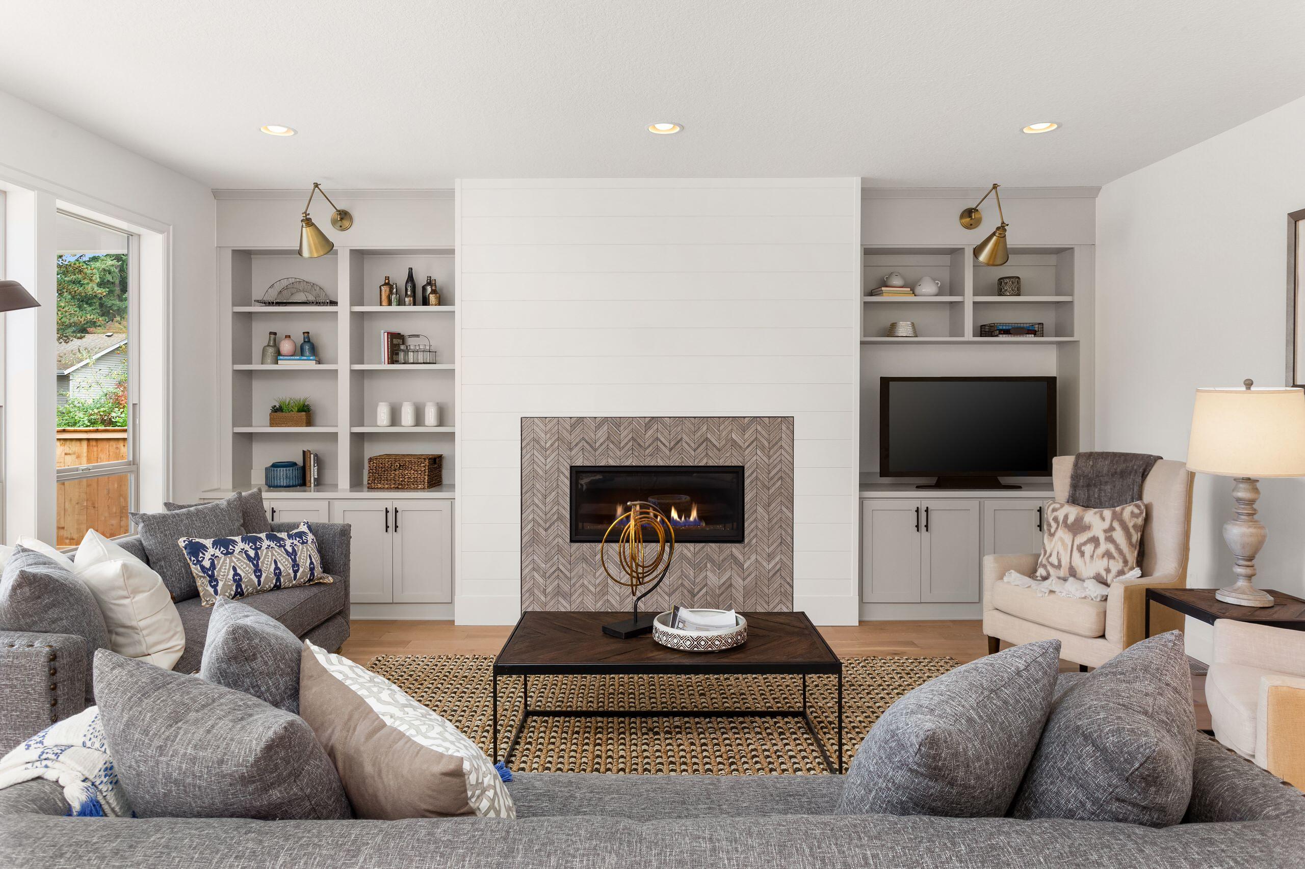 Contemporary fireplace living room