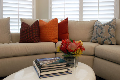 Example of how to add color to a living room.