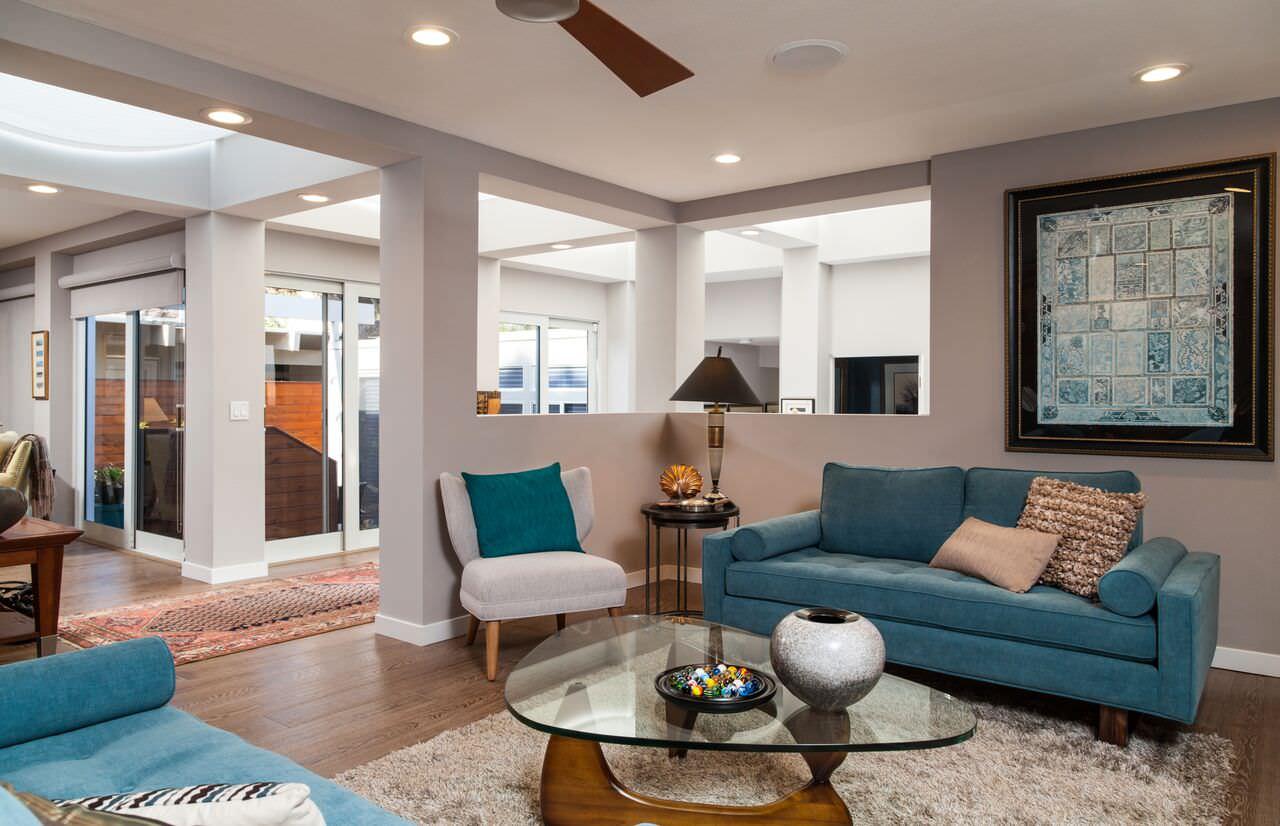 Contemporary sleek and sexy LA beach house