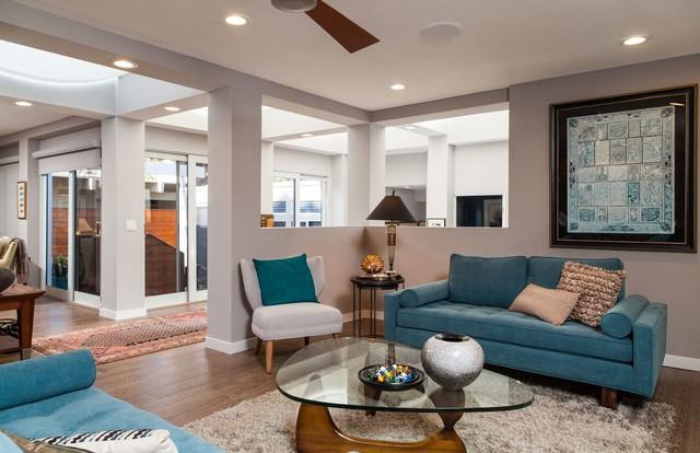 Contemporary sleek and sexy la beach house contemporary for Modern sleek living room