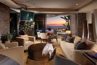 Contemporary Style In Laguna Beach California Tropical