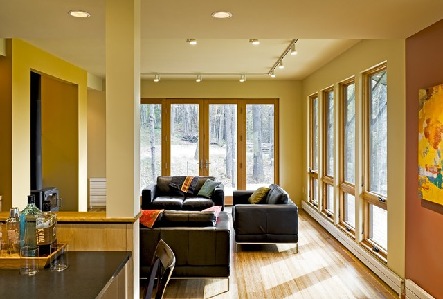 Contemporary Weekend House Sugar Hill NH contemporary living room