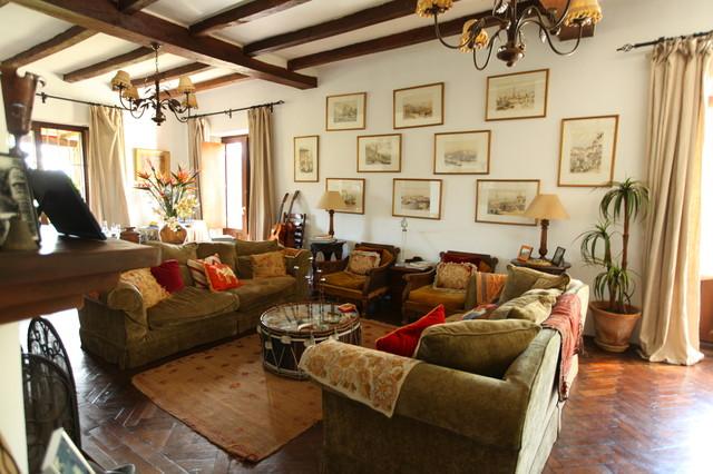 Cortijo El Aguilon Tarifa Spain Traditional Living Room Other Metro