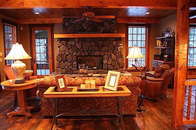 Cottage and lodge style craftsman living room for Craftsman living room design ideas