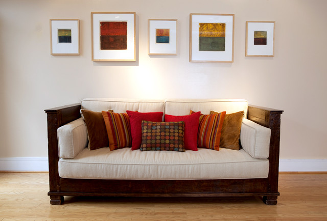 Couch & Art traditional-living-room