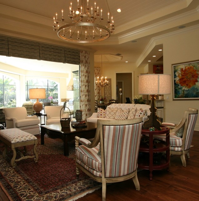 Country Rustic Living Room: Country Elegance