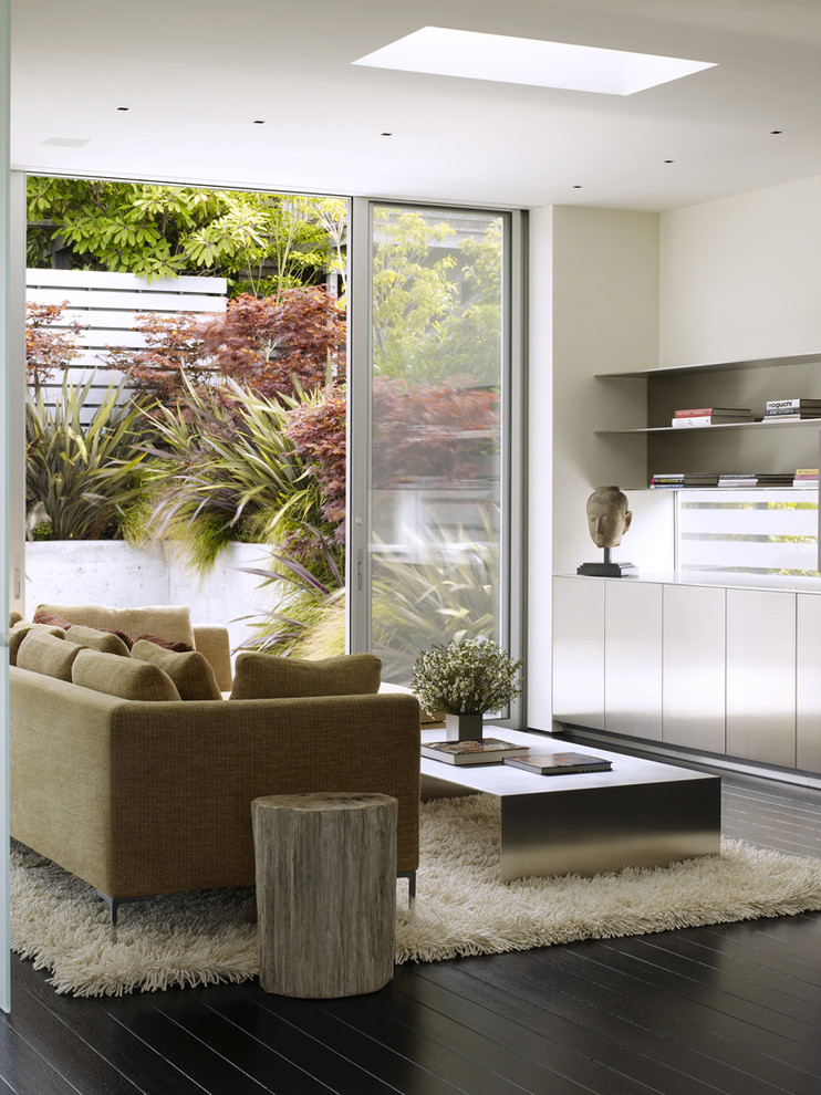 Example of a trendy living room design in San Francisco with white walls