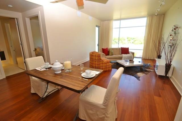 Genial Living Room   Modern Living Room Idea In Austin