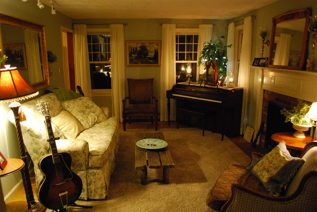 Cozy Living Room With Ivory Sheers Traditional Living Room