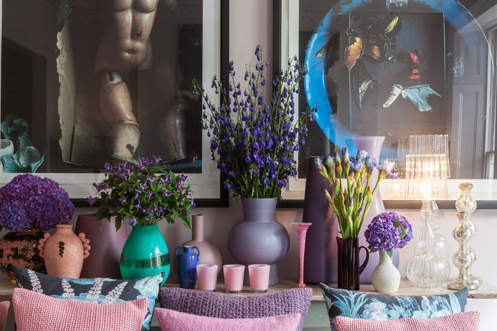 Inspiration for an eclectic living room remodel in London
