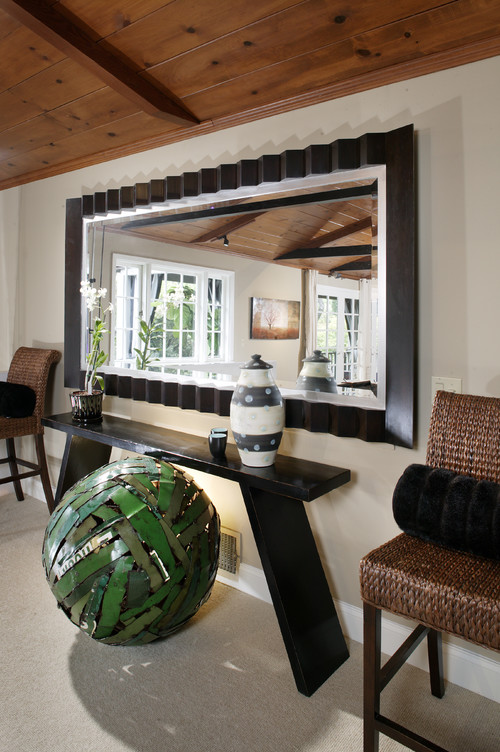 beautiful ideas in decorating using big mirrors - Mirror In Living Room Ideas
