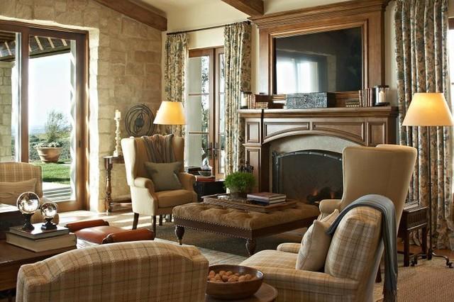 Crystal cove traditional living room orange county for Interior designer phoenix