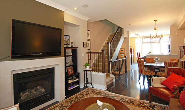 CS upgrade and staged to sell traditional-living-room