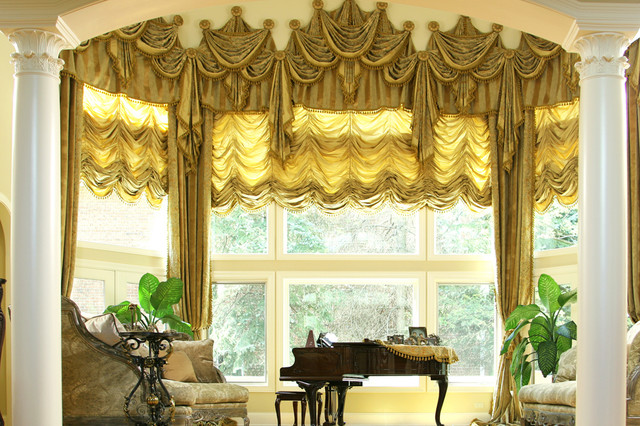 Custom And Luxury Drapery For Bay Window In Northbrook Illinois Traditional Living Room