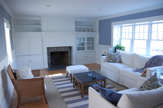 Custom cabinetry and millwork traditional-living-room