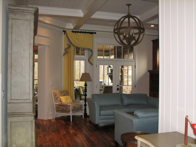 Custom Home In The Canyons Of Hixson