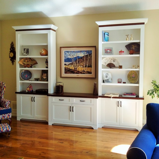 Custom Living Room Cabinetry - A Perfect Way to Display ...