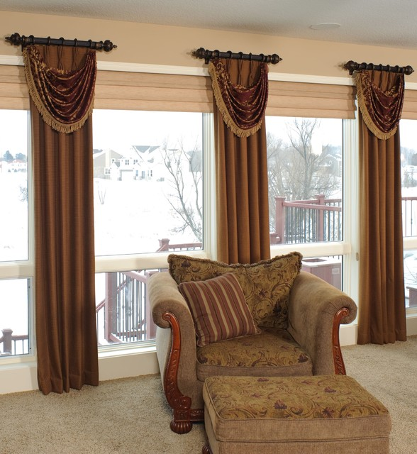Custom window treatments traditional living room minneapolis by shelly 39 s interior concepts for Traditional window treatments living room