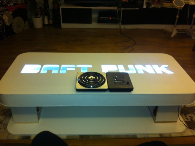 Daft punk table living room - Table daft punk ...