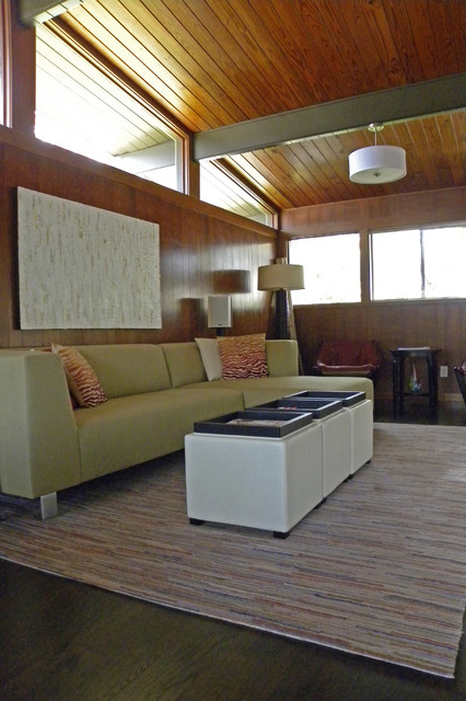 Dallas, TX: Mark and Betsy midcentury-living-room