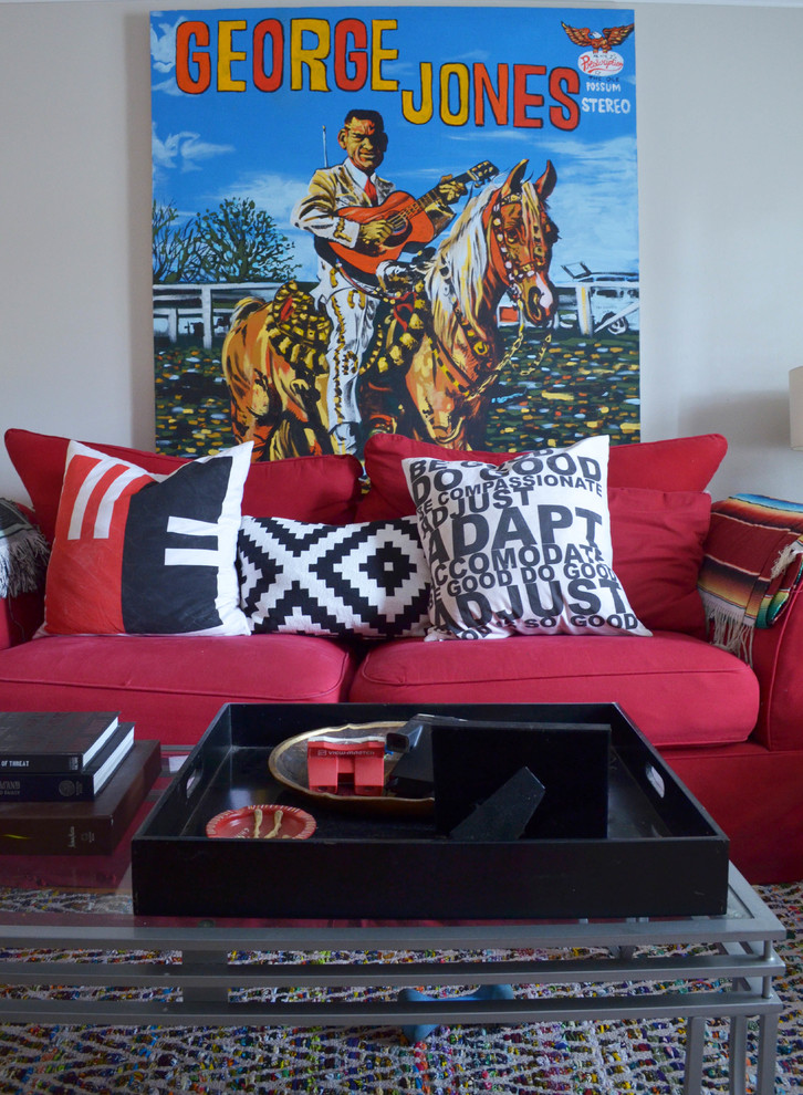 Example of an eclectic living room design in Dallas