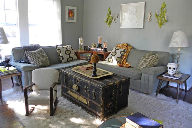 Gentil Eclectic Dark Wood Floor Living Room Photo In Dallas With Gray Walls