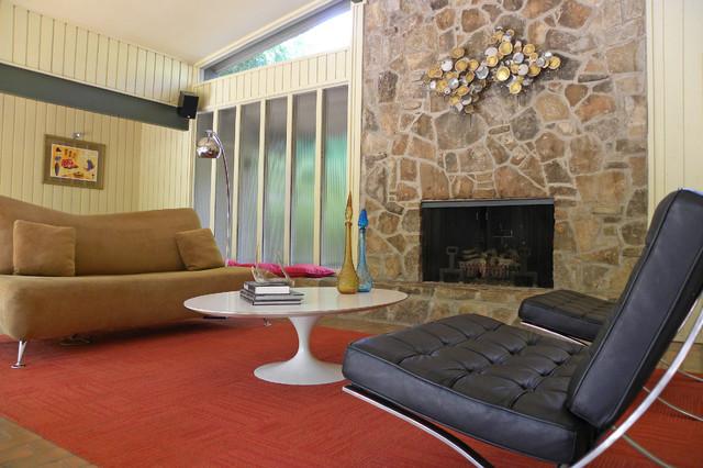 Dallas, TX: Mike & Jill Wood midcentury-living-room